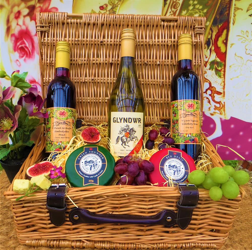 Welsh Cheese and Wine Hamper