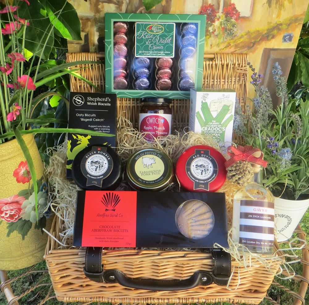 Luxury Gower Gin  & Chocolates Hamper